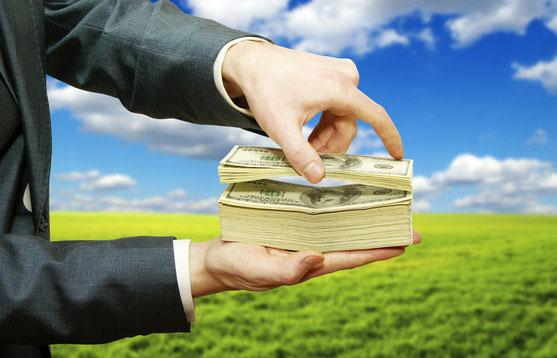 Как притянуть деньги в свою жизнь