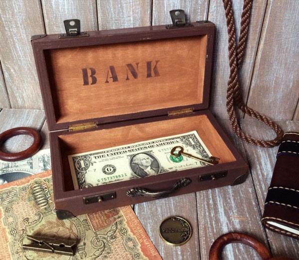 Заговор на шкатулку с деньгами
