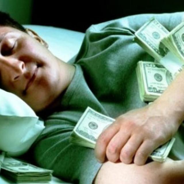 почему нельзя занимать деньги перед новым годом